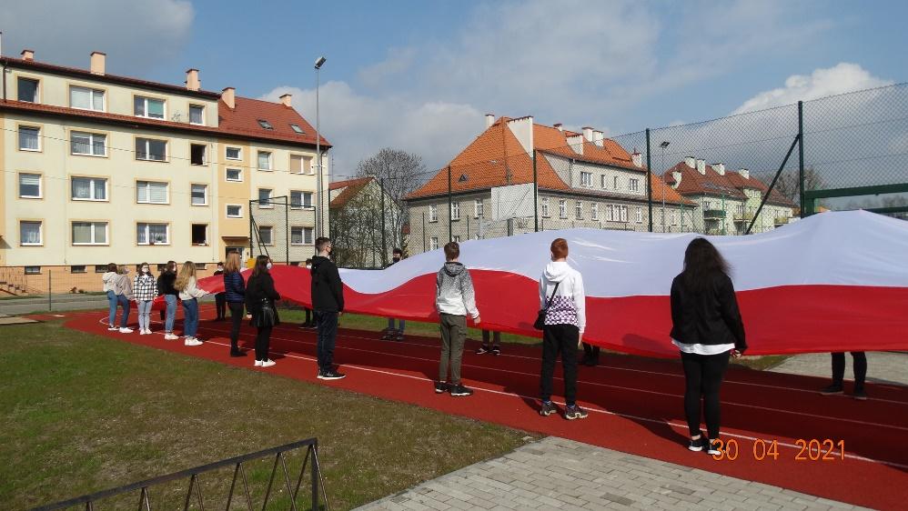 2 Maj – ?? Dzień Flagi Rzeczypospolitej Polskiej ??